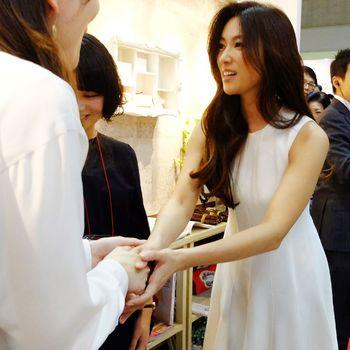 なんと皆に握手をしてくれた深田恭子さん.JPG