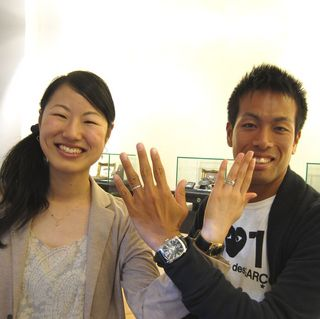 TOMOYUKIとSYOUKOはフラウコウベのお客様.jpg